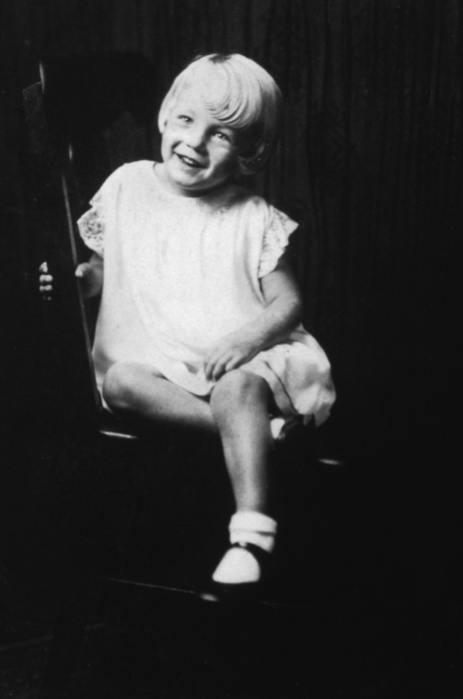 What Really Happened to Marilyn Monroe? Girl Who Travels the World, Norma Jeane