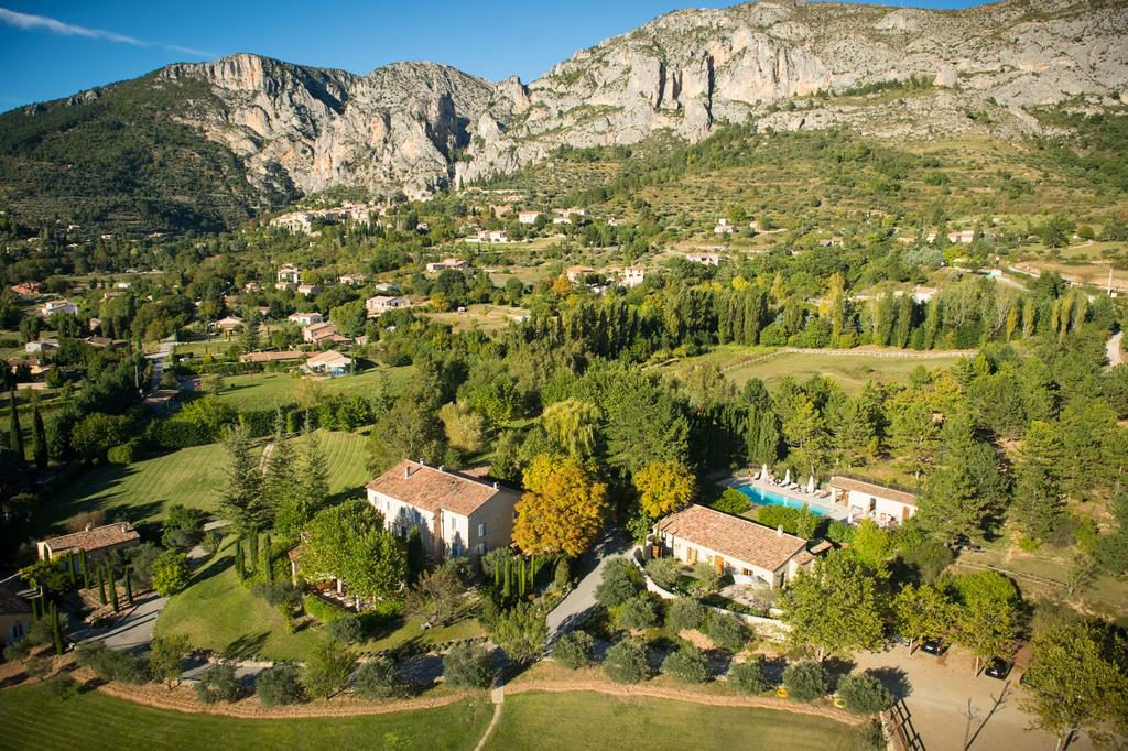 Where to Stay by Gorge du Verdon in France, Girl Who Travels the World, Hotel La Bastide