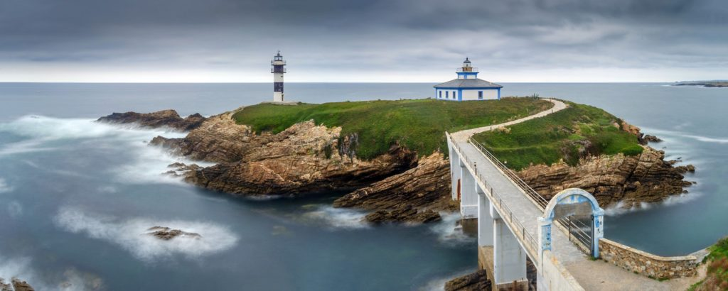 Ultimate Girl's Guide to Spain Travel, Girl Who Travels the World, Illa Pancha, Ribadeo, Spain
