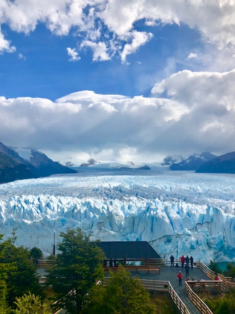 Girls Gone Wild in Patagonia, Girl Who Travels the World