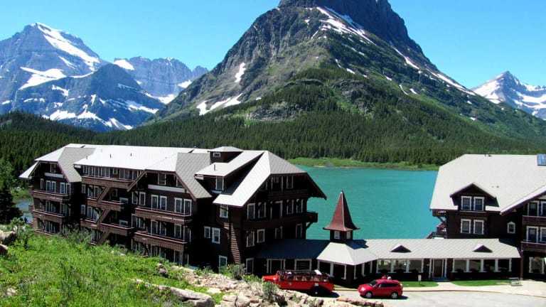 Iceberg Lake Trail in Glacier National Park, Girl Who Travels the World