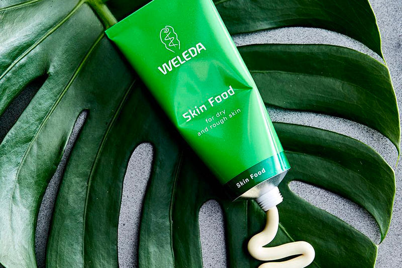 Best Natural Moisturizer Alternative to La Mer, Girl Who Travels the World