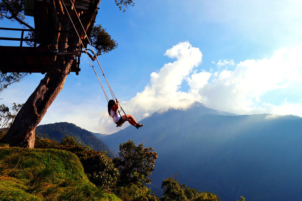 Ultimate Girl's Guide to Ecuador Travel, Girl Who Travels the World