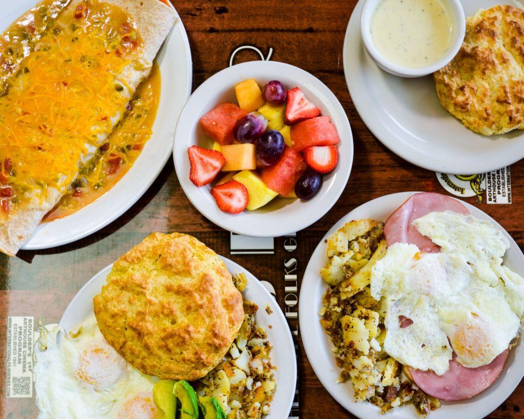 Best Brunch Spots in Boulder, Colorado, Girl Who Travels the World, Dot's Diner