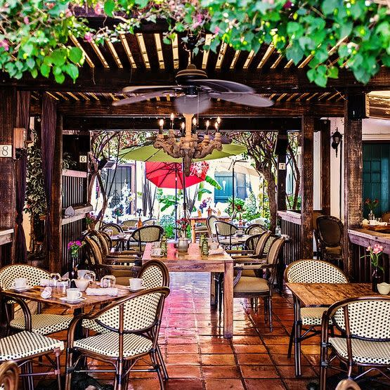Best Brunch Spots in Palm Springs, Girl Who Travels the World, FARM