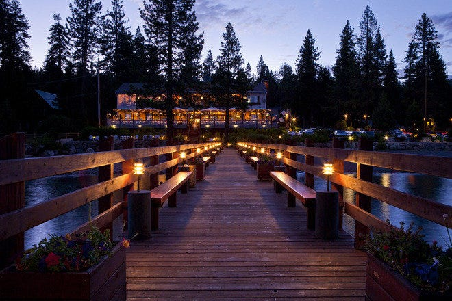 Best Scenic View Spots on Drive Around Lake Tahoe, Girl Who Travels the World, Gar Woods