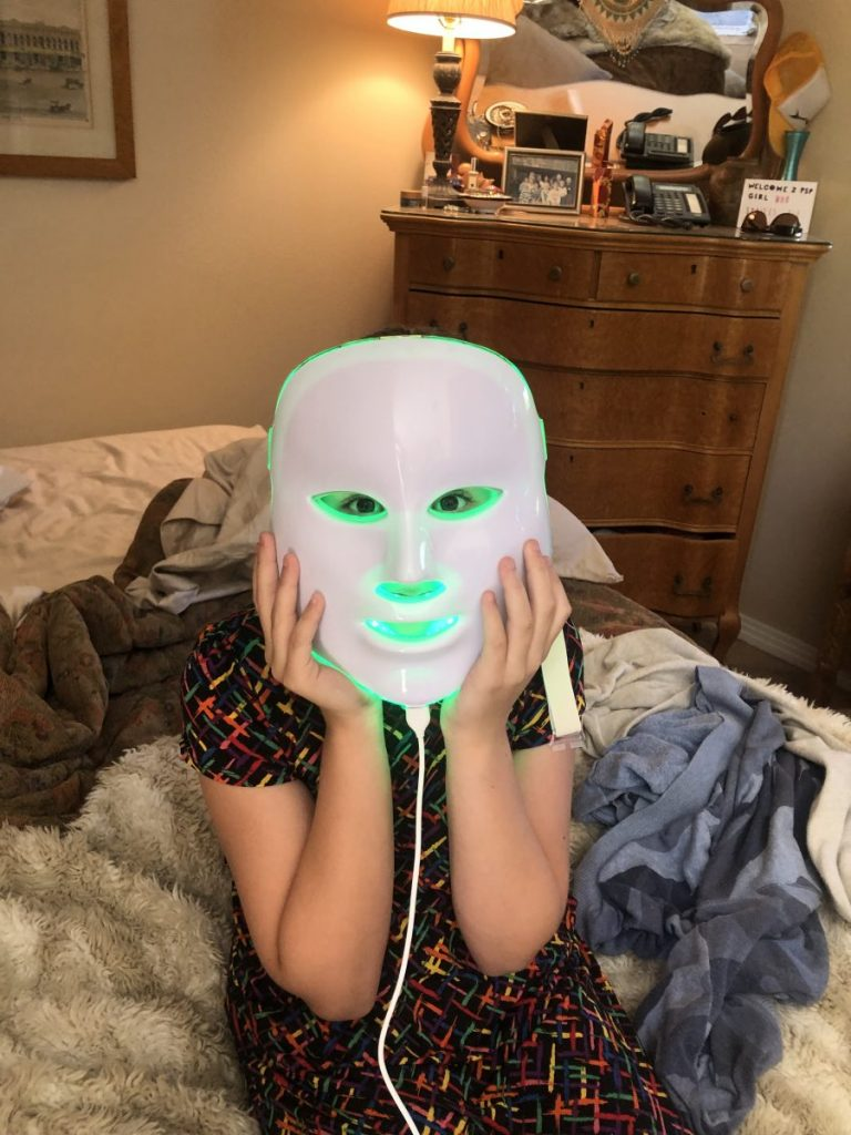 How LED Face Masks Provide Natural Sinus Relief, Girl Who Travels the World