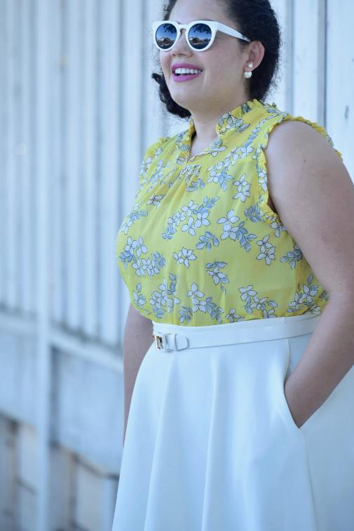 How to Find Your Perfect Shade of Yellow via @GirlWithCurves