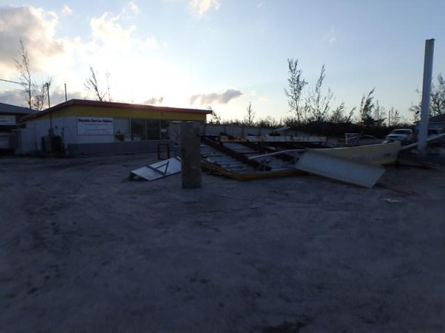Hurricane Prep - Joaquin 2015 gas station
