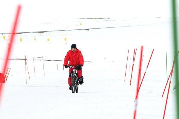 Mauro Mazzola alla base artica di Ny Alesund
