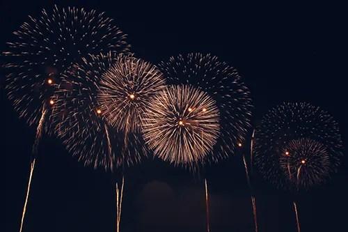 「夏」「夜」「玉ボケ」「花火」などがテーマのフリー写真画像