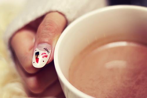 「カフェ」「ドリンク」「マグカップ」「冬」「飲み物」などがテーマのフリー写真画像