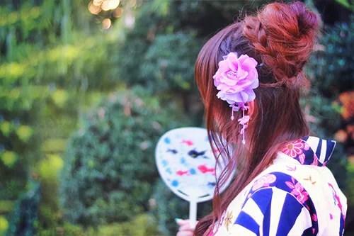 「アクセサリー」「和」「夏」「女性・女の子」「浴衣」などがテーマのフリー写真画像