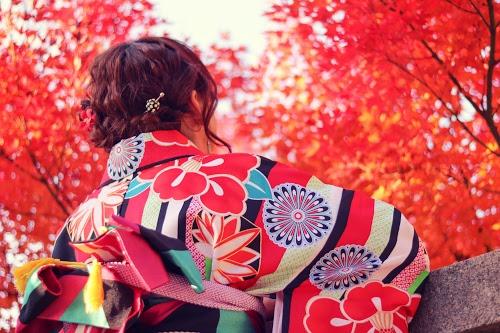 「コーディネート」「冬」「和」「女性・女の子」「着物」などがテーマのフリー写真画像