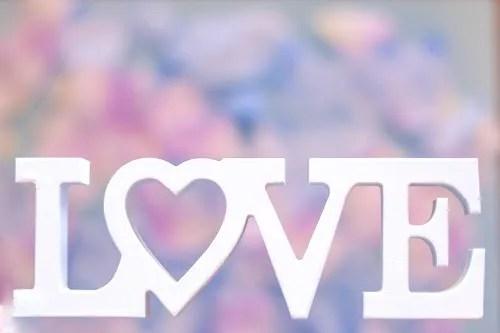 「LOVE」「ゆめかわ」「文字アート」「花畑」などがテーマのフリー写真画像