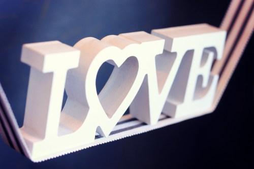 「LOVE」「文字アート」などがテーマのフリー写真画像