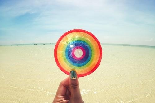 「コースター」「リゾート」「南国」「夏」「宮古島」「来間島」「沖縄」「空」「虹」「雑貨」「雲」などがテーマのフリー写真画像