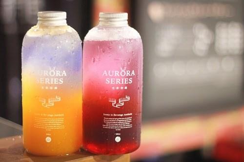 フォトジェニックで夏にピッタリの冷たい飲み物『オーロラドリンク』