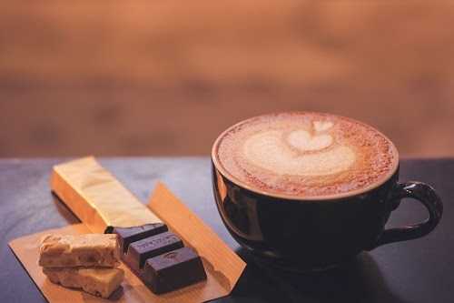 「お菓子」「カフェ」「チョコレート」「ハート」「食べ物」などがテーマのフリー写真画像