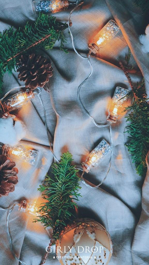 おしゃれなフリーのスマホ壁紙(待受け):【オシャレなiPhone壁紙】モミの木や電飾を散りばめて、やたらおしゃれなクリスマス