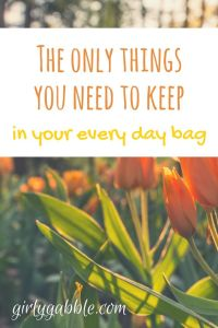 what-to-keep-in-your-handbag