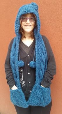 BobbleHatandScarf_medium2