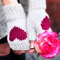 """Be My Valentine"" Fingerless Gloves"