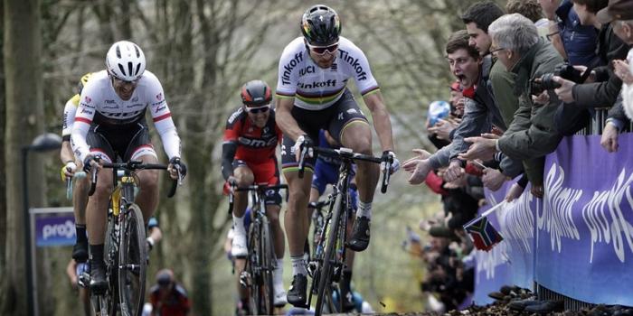 Sagan si prende il Fiandre e il testimone di Cancellara. Viva Erviti e viva la fuga