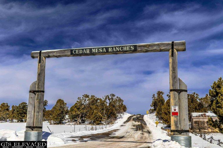Cedar Mesa Rancheds Entracne