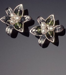 Lily Ear Studs, Peridot with Pearls