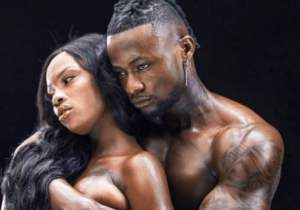 Singer Selebobo shares photos of himself grabbing the breasts of a naked model || See the pictures