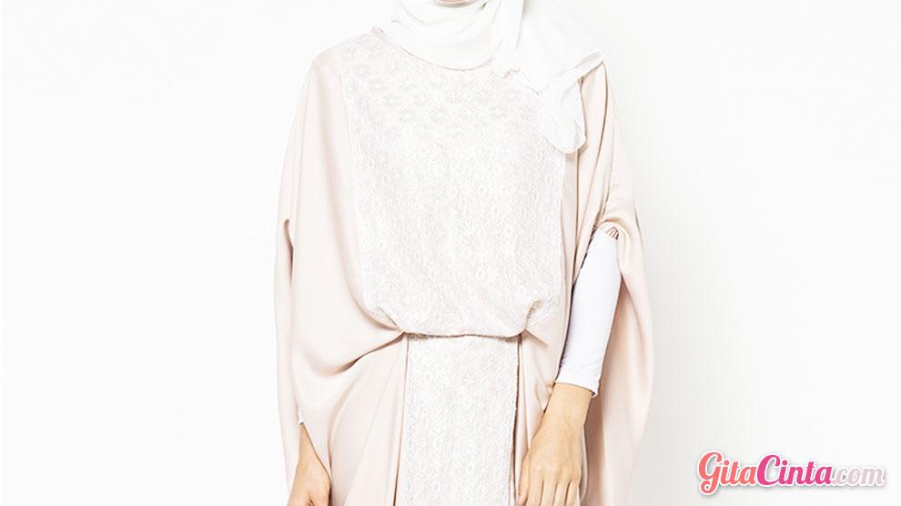 Baju Kaftan - (Sumber: busanamuslimmodisa.com)
