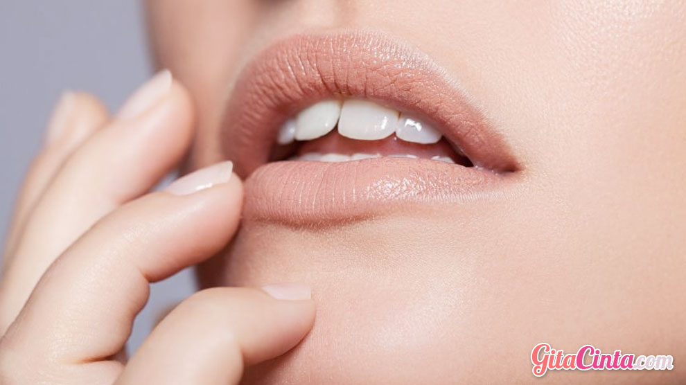 Lipstick Nude - (Sumber:   goodhousekeeping.com)