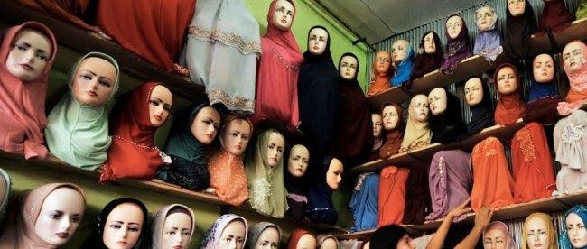 Bisnis Jilbab - (Sumber: oknusantara.com)