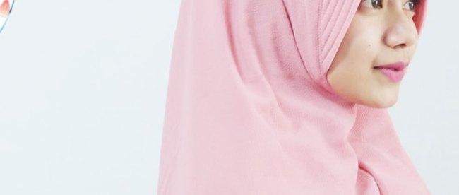 Jilbab Khimar - (Sumber: bukalapak.com)