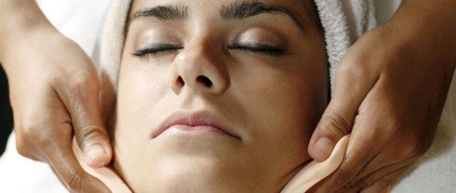Tips Melakukan Perawatan Kulit Wajah Sesuai Usia – GitaCinta.com f687e3f469