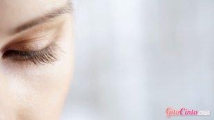 Latisse, obat, penumbuh, bulu, mata, panjang, tebal, memanjangkan, menebalkan, aman, efek, samping, FDA, Amerika, biaya, bahaya, produk, alis, dokter, kulit, iritasi, efektif, palsu, online, resep, risiko, solusi, cara, penggunaan, perawatan, metode, ahli, dermatolog, dermatologis, eyeliner, sikat, kuas, proses