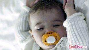 bayi, malam, hari, bangun, terbangun, di, orang, tua, metode, perkembangan, kognitif, penelitian, stres, lebih, baik, hal, wajar, manfaat, bulan, jam, penuh, menyusu, menyusui, ASI, lapar, ibu