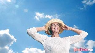 Ilustrasi: wanita usia pascamenopause