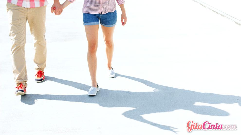 Ilustrasi: aktivitas fisik dengan olahraga jalan santai