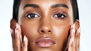 Ilustrasi: kulit wajah wanita berminyak (sumber: lorealparisusa.com)
