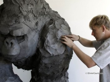 sculpture-olivier-courty-gorille-streetart