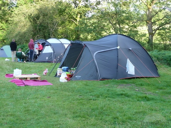 tent-camp-on-gite