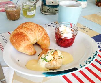 Gite La bertrande - déjeuner