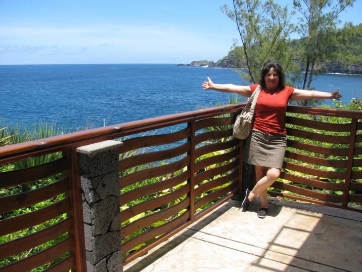 Patricia et sa bonne humeur. Photo prise à La Réunion