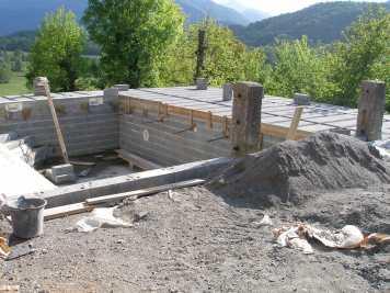 Le chantier lors de la construction de la piscine