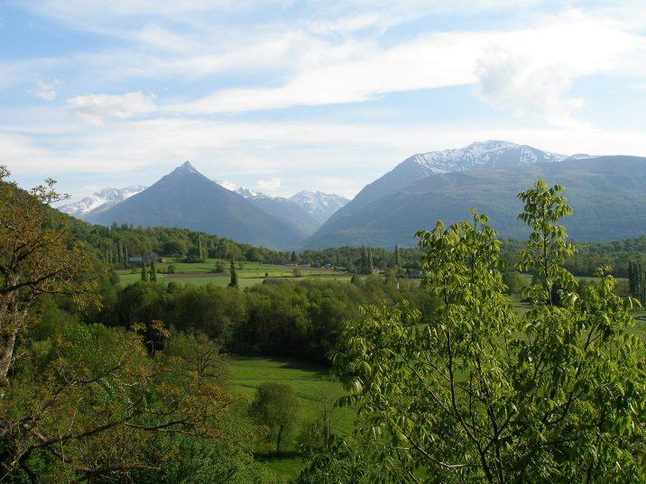 Chez Carine et Philippe, les vacanciers profitent d'une vue magnifique sur les Pyrénées