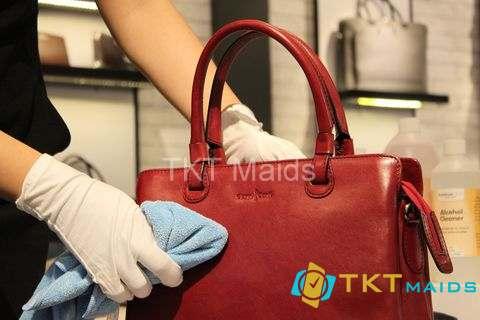 Hình ảnh: Lưu ý khi lau chùi đồ da