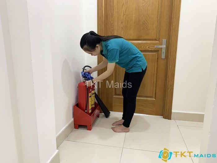 Lau chùi thiết bị PCCC tại công trình - Cung cấp nhân viên tạp vụ