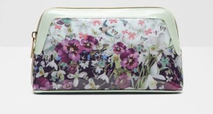 #Win a Ted Baker make up bag! E:03/05